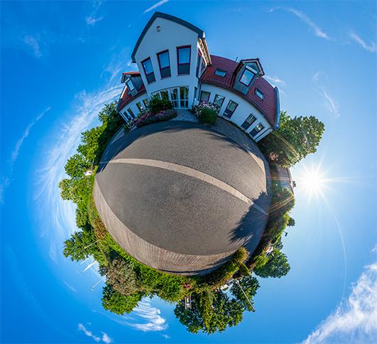 360° Außenansicht des Gebäudes der TeleSys